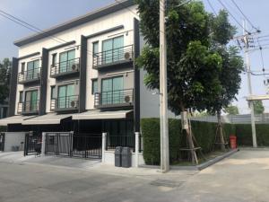 For RentTownhouseRattanathibet, Sanambinna : Code C4094 3-storey townhome for rent. Ratchaphruek-Rattanathibet, Nonthaburi