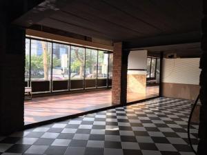 เช่าตึกแถว อาคารพาณิชย์รัชดา ห้วยขวาง : ให้เช่าอาคารพาณิชย์3คูหาย่านรัชดา ติดถนนรัชดาภิเษก เหมาะทำหลายธุรกิจ