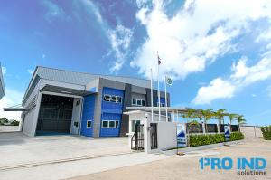 For RentFactorySamrong, Samut Prakan : New premium factory and warehouse with office for rent size 918, 1,086, and 1,165 sqm. Located near Bangna Trad road km. 23, Suvarnabhumi Airport, Bangplee Industrial Estate and the express way.