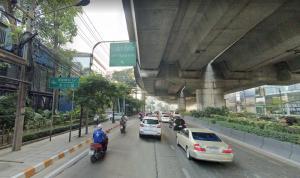 For SaleLandRama9, RCA, Petchaburi : Land for sale at 180,000 baht per wah, Rama 9 Road, beautiful plot.