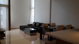 For RentCondoSukhumvit, Asoke, Thonglor : Condo for rent The Emporio place Type 1 bedroom 1 bathroom Duplex Size 89 sq.m. Floor 31 north