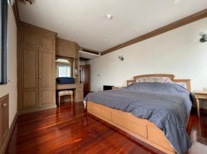 For SaleCondoSukhumvit, Asoke, Thonglor : Luxury condo for sale in the heart of Asoke, Las Colinas project, 2 bedrooms, 3 bathrooms, 14th floor (S1312).