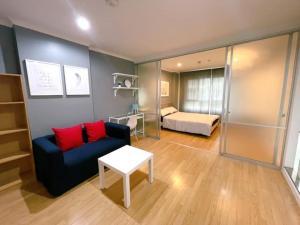 For RentCondoRama 8, Samsen, Ratchawat : 78 Rent Lumpini Place Rama 8. Beautiful room 🌟 Furniture and appliances in the room. Ready 🌟