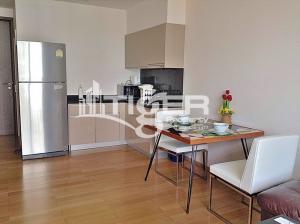 For RentCondoSukhumvit, Asoke, Thonglor : MSCR57 1-bedroom / 1bathroom unit for rent at 39 By Sansiri, includes a balconies