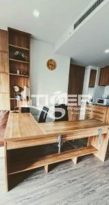 For RentCondoSukhumvit, Asoke, Thonglor : MSCR61 1-bedroom / 1-bathroom Corner unit Stunning view windows