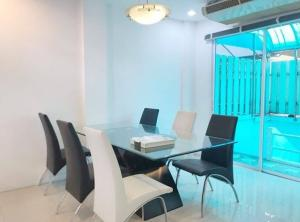 For RentTownhouseOnnut, Udomsuk : For Rent 3-storey townhome for rent, Plus City Park Village, Sukhumvit 101/1, near BTS Punnawithi, fully furnished, 4 air conditioners, residential units only. Pets are not allowed.