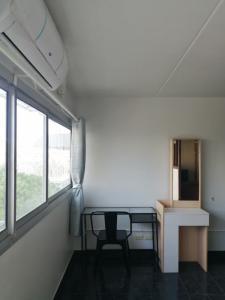 ขายคอนโดแจ้งวัฒนะ เมืองทอง : ขาย/ให้เช่า คอนโดป๊อปปูล่า ตึก P1 วิวนอก เมืองทองธานี ตกแต่งใหม่ทั้งห้อง เฟอร์ใหม่เอี่ยมพร้อมเข้าอยู่