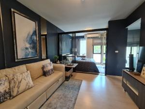For SaleCondoBangna, Lasalle, Bearing : Sell Unio Sukhumvit 72, new condo BTS Bearing, ready to move in, 1 Bed 28 sq m, only 1.99 million, fully furnished.