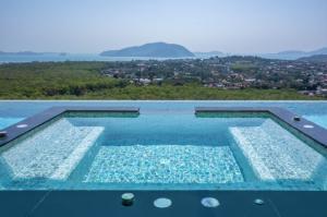 For SaleHousePhuket, Patong : Villa for Sale@Rawai Beach,Phuket