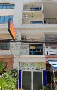 For SaleShophousePattaya, Bangsaen, Chonburi : 5-storey commercial building for sale on the sea of Jomtien