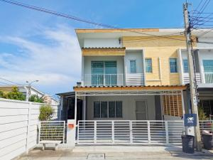 For SaleTownhouseRama 2, Bang Khun Thian : The Connect Suksawat 26, private corner plot With a garden area next to the house, complete addition, beautiful condition, ready to live, only 3.29 million