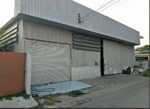 For RentWarehouseRamkhamhaeng Nida, Seri Thai : RK051 Warehouse for rent 400 sq m, Soi Serithai 43, near Bueng Kum District Office