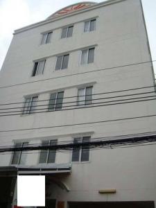 For SaleBusinesses for saleOnnut, Udomsuk : BS720 Apartment for sale, 5 floors, 50 rooms, Soi Sukhumvit 103, near Paradise Park, convenient to travel