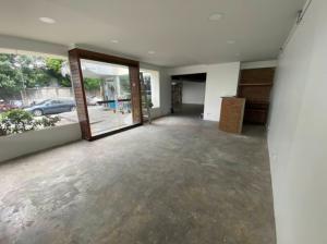 เช่าตึกแถว อาคารพาณิชย์พระราม 9 เพชรบุรีตัดใหม่ : ให้เช่าพื้นที่ชั้น 1  เปิดกิจการร้านอาหาร ขนาด 170 ตร.ม. ติดถนนพระราม9 ให้เช่าในราคา 45000 บาท