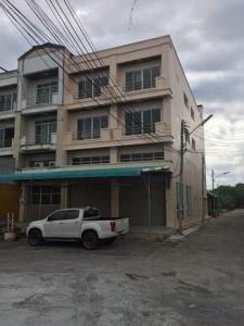 For RentShophouseNakhon Pathom, Phutthamonthon, Salaya : BS721ให้เช่าอาคารพาณิชย์สองคูหา 3 ชั้น เนื้อที่ 40 ตรว.ริมถนนศาลายา นครปฐม ใกล้ตลาดกิเลน