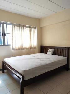 For RentCondoLadprao101, The Mall Bang Kapi : Condo for rent at Lumpini Center Happyland