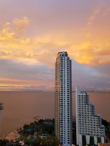 เช่าคอนโดพัทยา บางแสน ชลบุรี : ให้เช่าคอนโด วงศ์อมาตย์ ทาวเวอร์ ริมหาดพัทยา ชั้น 29 วิวทะเล 360 องศา