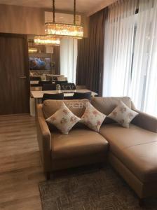 ขายคอนโดพระราม 9 เพชรบุรีตัดใหม่ : ขาย 2 ห้องนอน 61 ตรม. ห้องแต่งสวย IDEO MOBI ASOKE ใกล้ MRT เพชรบุรี ใกล้ มศว. นัดชมห้องจริง โทร.062-339-3663 เฟินค่าา