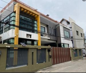 For SaleShophouseYothinpattana,CDC : APJ036 2 storey home office for sale with warehouse 181 square meters. Yothin Pattana near Central East Ville CDC Crystal Park