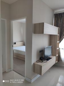For SaleCondoOnnut, Udomsuk : The Sky Sukhumvit / 1 Bedroom (FOR SALE & RENT), The Sky Sukhumvit / 1 Bedroom (For Sale / Rent) Tik027.