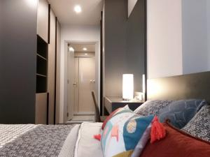 For RentCondoSapankwai,Jatujak : SR1-FF17 Condo for rent Ideo Phahon-Chatuchak Chatuchak Park view. Room ready to move in
