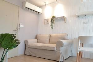 For RentCondoOnnut, Udomsuk : Condo for rent, Elio Del Ray, Building D, 8th floor, corner room