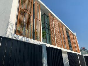For SaleTownhouseChokchai 4, Ladprao 71, Ladprao 48, : 💚💚ขาย TOWNHOME💚💚 โครงการ Nivass Ladprao 71  ทาวน์โฮม สไตล์รีสอร์ท 3 ชั้น 3 ห้องนอน 4 ห้องน้ำ 4 ที่จอดรถ