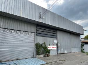 For RentWarehouseRamkhamhaeng Nida, Seri Thai : For Rent for rent, warehouse with office, area 392 square meters, very good location, convenient transportation, suitable as a warehouse.