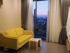 For RentCondoWongwianyai, Charoennakor : Rent 1 bedroom