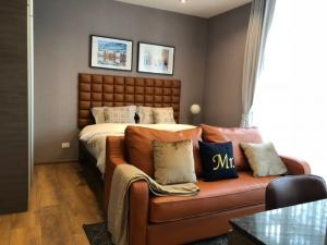 For RentCondoSukhumvit, Asoke, Thonglor : Condo for rent Park 24 fully furnished (Confirm again when visit).