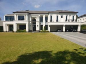 For SaleHousePattanakan, Srinakarin : Sell single house Sansiri Pattanakarn Super Luxury flagship project from Sansiri
