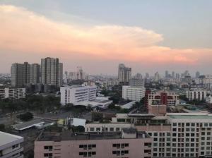"For RentCondoSapankwai,Jatujak : 🔥 Owner to rent ""M Jatujak"" Li Yong, animal, beautiful room, good price (negotiable) 🔥 Contact line id: natnari.si"