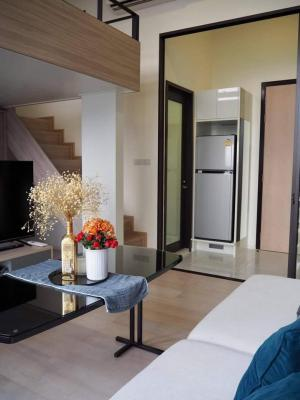 For RentCondoRama9, RCA, Petchaburi : 💕 Condo for rent, Duplex room, Chewathai Residence Asoke 💥 Pool view, beautiful room, ready to move in