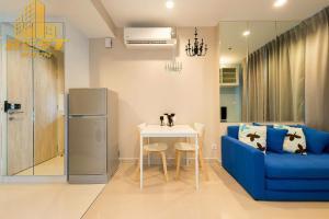 เช่าคอนโดพระราม 9 เพชรบุรีตัดใหม่ : ให้เช่า / ขาย คอนโด Ideo mobi Rama 9 (ไอดีโอ โมบิ พระราม 9 ) 1 ห้องนอน ขนาด 30 ตรม.  ชั้น 8 ปล่อยเช่า ราคา 16,000 บาท ขาย 4.5 ล้าน