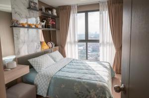 For RentCondoBangna, Lasalle, Bearing : HM-0165 Condo for rent, Ideo O2 Bangna, fully furnished room with furniture and appliances, near BTS Bangna.