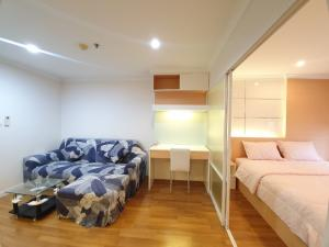 For SaleCondoRama9, RCA, Petchaburi : Urgent sale Lumpini Place Rama 9, Building C, only 2.79 million baht (1% fee per person) 1 bedroom.