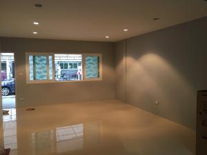 เช่าทาวน์เฮ้าส์/ทาวน์โฮมพัฒนาการ ศรีนครินทร์ : Town home rent 25,000b pattanakarn soi. 38