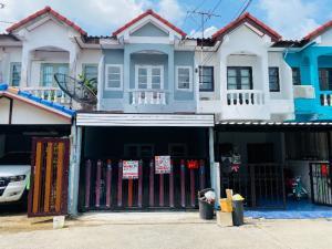 For SaleTownhouseNawamin, Ramindra : 2 storey townhouse for sale, Taweesup Village, Soi Samwa 16, Sam Wa Rd.