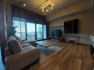 For RentCondoSukhumvit, Asoke, Thonglor : 🔥🔥🔥For Rent The Lofts Asoke 🏢🏬 near MRT Phetchaburi 🚝 @JST Property.