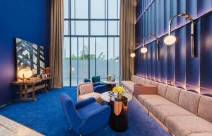 เช่าคอนโดสุขุมวิท อโศก ทองหล่อ : ห้องแบบ fully furnished กับแปลนห้องหลากหลายสไตล์ พร้อมเพดานสูงกว่า 2.8 เมตร
