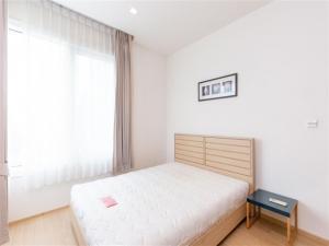 เช่าคอนโดสุขุมวิท อโศก ทองหล่อ : ห้องแบบ 2 ห้องนอน ตกแต่งพร้อมอยู่ด้วยเฟอร์นิเจอร์บิวท์อิน เเละลอยตัว