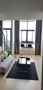 เช่าคอนโดพระราม 9 เพชรบุรีตัดใหม่ : 📌[ให้เช่าคอนโด] IDEO New Rama 9 ห้อง Duplex สวยราคาถูกที่สุด รีบจองด่วน เครื่องใช้ไฟฟ้าครบ เดินทางสะดวก พร้อมอยู่ !!!