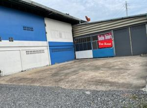 For RentWarehouseSamrong, Samut Prakan : For Rent for rent, warehouse with office, land area 1 rai, warehouse area 1300 square meters, along King Kaew-Bang Phli Road, very good location on the road, six wheels, ten wheels, accessible.