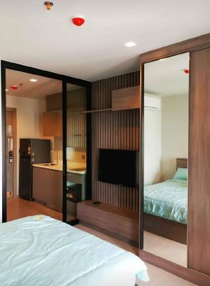 เช่าคอนโดพระราม 9 เพชรบุรีตัดใหม่ : ให้เช่าคอนโด Life Asoke rama9 💥built-inสวย ระเบียงทิศตะวันออก💥 ใกล้ MRT พระราม9 ระยะเดิน ทำเลศักยภาพใจกลางย่านธุรกิจ Fully furnished เครื่องใช้ไฟฟ้าครบพร้อมอยู่ขนาด 26 ตร.ม ชั้น 21 ตึก A💰ราคาเช่า : 14,000 บาท / เดือน