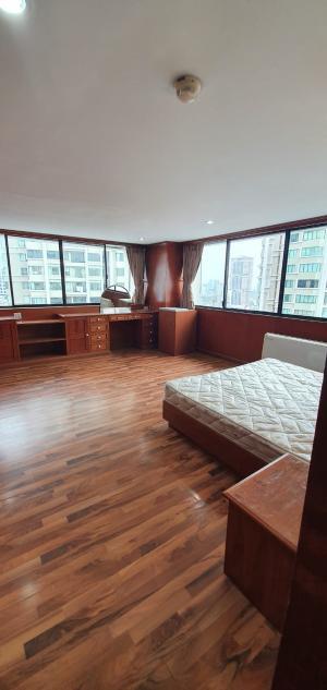 เช่าคอนโดสุขุมวิท อโศก ทองหล่อ : Urgent Rent ++ Big Rooms ++ Balcony ++ Fully Furnished ++ President Park ++ Negotiable 75000 🔥🔥