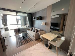 For SaleCondoSukhumvit, Asoke, Thonglor : ✨ For Sale Rhythm Ekkamai: Luxury condo for sale at a hot price, very cheap, beautiful room, ready to sell, complete with furniture ✨ Sell at a loss !!!!