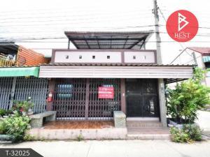 For SaleTownhouseSamrong, Samut Prakan : Townhouse for sale behind the corner of Saensuk Niwet Village Bang Pu Municipality 18 Samut Prakan