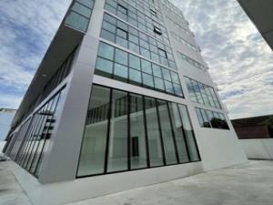 เช่าสำนักงานเลียบทางด่วนรามอินทรา : ให้เช่าตึกสำนักงานใหม่เอี่ยม 7ชั้น มีลิฟท์ 2ตัว พื้นที่ใช้สอย 3,100 ตร.ม จอดรถได้ 50 คัน ถนน เลียบทางด่วนอาจณรงค์เอกมัย-รามอินทรา ราคาเช่า 800,000 บ/ด