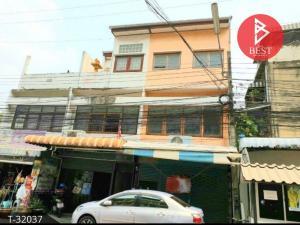 For SaleShophouseRangsit, Patumtani : 4-storey commercial building for sale, Lam Luk Ka, Pathum Thani.
