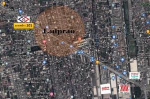 For SaleLandLadprao101, Happy Land, The Mall Bang Kapi : Land for sale Beautiful plot on Lad Phrao Road, near BTS Ladprao 101